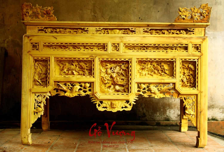 bàn thờ ô sa gỗ mít vàng óng được đục đẽo rất cầu kỳ