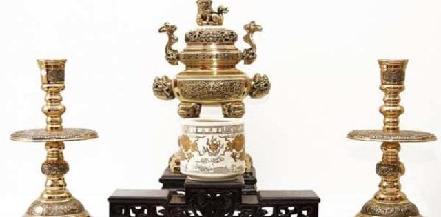 bo tam su là 3 món đồ thờ cúng trang trí trên bàn thờ gia tiên
