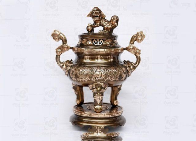 Đỉnh đồng giúp xua tan vận khí xấu, mang đến khí tốt cho không gian phòng thờ