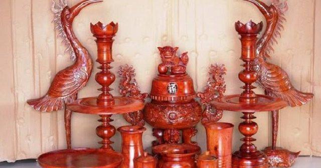 Giá đồ thờ cúng bắng gỗ phụ thuộc vào nhiều yếu tố khác nhau