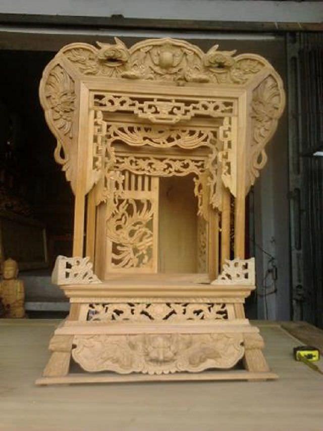Gỗ Vượng - Địa chỉ cung cấp khám thờ đẹp, uy tín & chất lượng