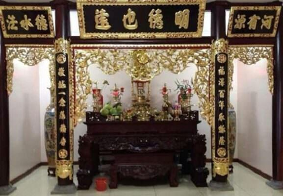 Hoành Phi Câu Đối mang ý nghĩa tâm linh trong văn hóa thờ cúng của người Việt