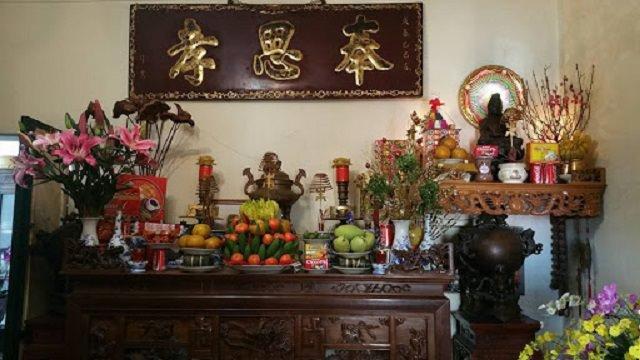 Phong tục thờ cúng tổ tiên