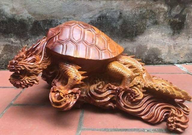Rùa Đầu Rồng bằng gỗ ẩn chứa nhiều y nghia linh vat phong thuy