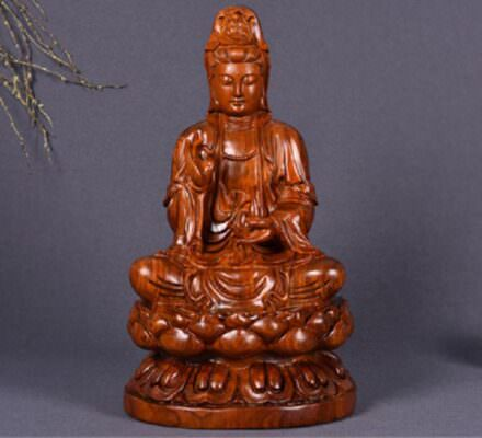 Ý nghĩa của việc thờ cúng Phật Bà Quan Âm trong nhà