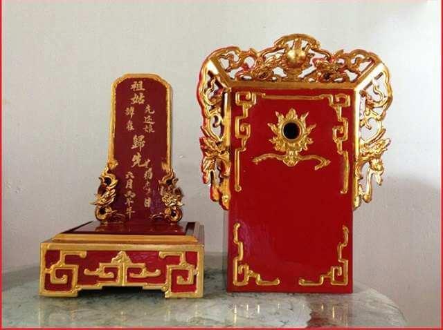 Bai Vi La Vat Pham Tho Cung Khong The Thieu Tren Ban Tho Hien Nay