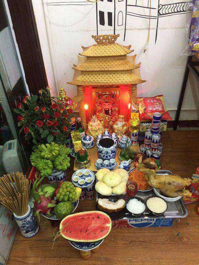 Y Nghia Cua Viec Tho Cung Ong Dia Than Tai Trong Phong Thuy