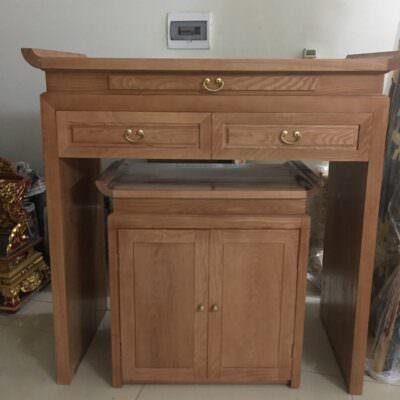 Sập thờ gỗ sồi là một sản phẩm chắc chắn, bền với thời gian và có hương thơm rất đặc trưng