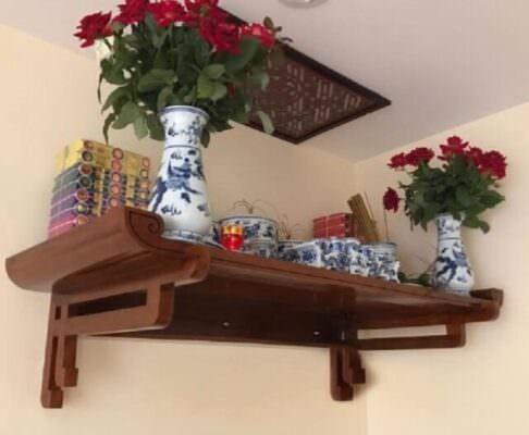 Tại sao phải sử dụng bàn thờ treo tường