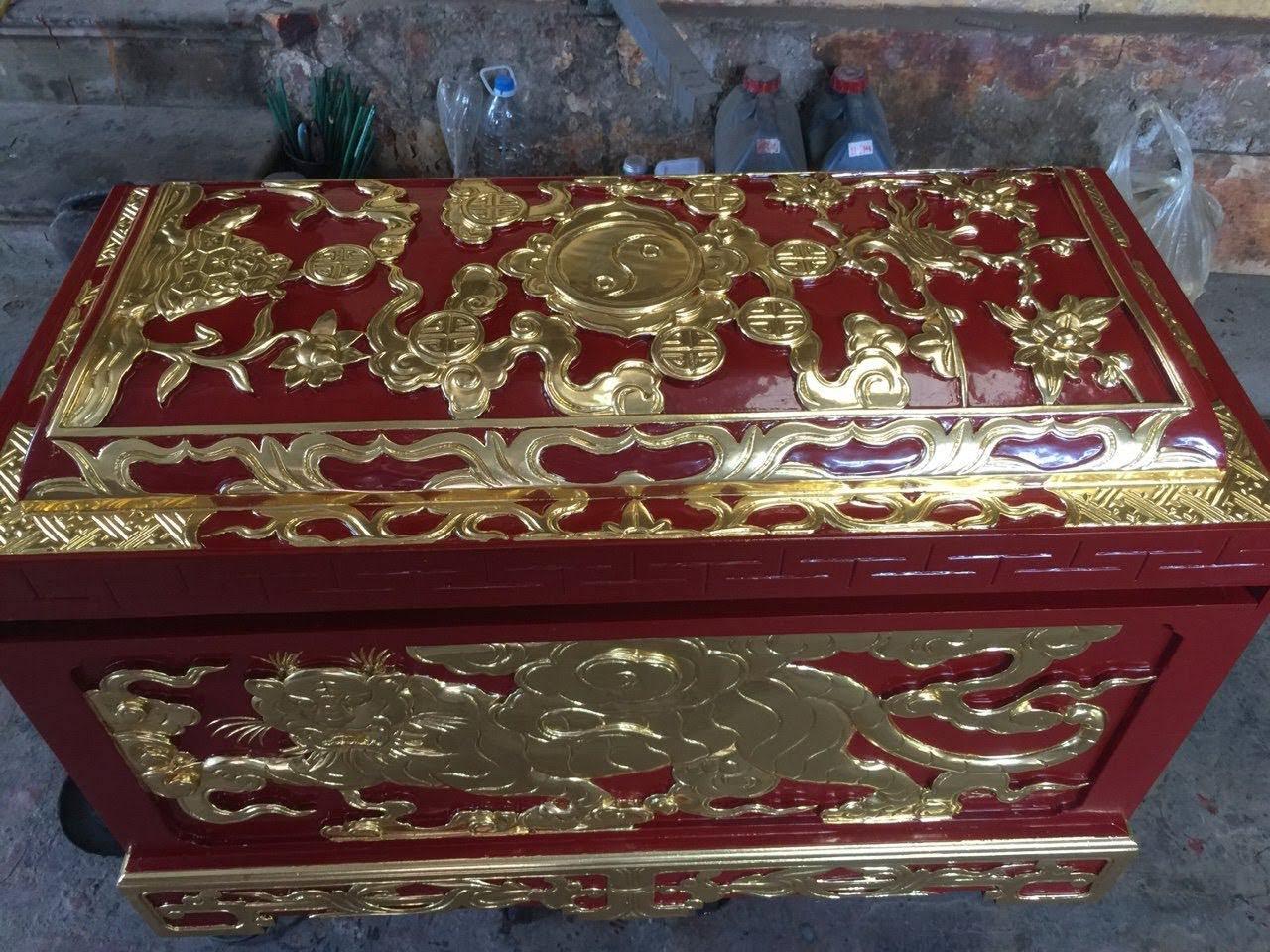Quách gỗ vàng tâm sơn son thếp bạc phủ hoàng kim